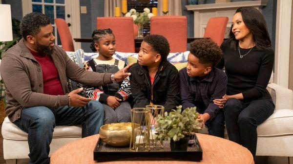Danger Force, Young Dylan: Renouvellements de la deuxième saison de la série Nickelodeon, Side Hustle obtient plus d'épisodes