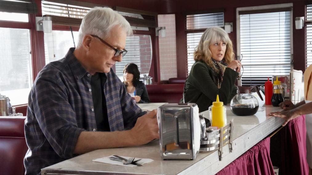 « NCIS »: voir Mark Harmon et sa femme Pam Dawber ensemble dans « Gut Punch » (PHOTOS)