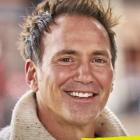 Eric Nies du monde réel vivra séparément de ses colocataires dans la série Homecoming New York Reunion