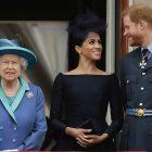 Les `` conversations '' avec Meghan et Harry sur le teint de la peau de bébé n'incluaient pas la reine Elizabeth, dit Oprah