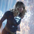 Les boss de Supergirl décomposent la première de la saison finale, avertissent que la situation de Kara est `` grave '' après avoir été envoyée à [Spoiler]