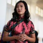 Olivia Liang de Kung Fu parle de se sentir habilitée, de la synchronisation `` étrange '' du redémarrage de la CW au milieu de la violence anti-asiatique