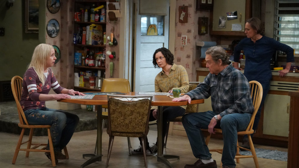 « The Conners »: Lecy Goranson sur Becky's Spiral and the Family's Tough Love