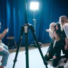 `` Exposition '': obtenez votre premier aperçu de la série de concours de photographie de Hulu (VIDÉO)