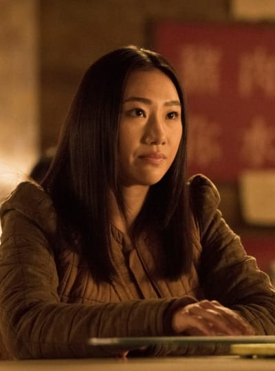 Nicky en conversation - Kung Fu Saison 1 Episode 2