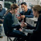 `` Stowaway '' apporte la réalité `` extrêmement terrifiante '' de l'espace à Netflix