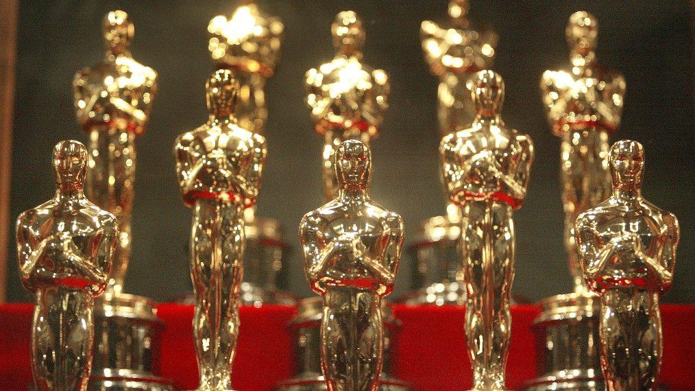 «Les Oscars» arrivent enfin, Mary se prépare à chanter sur «The Nevers», Carey Mulligan sur «My Grandparents» War, «» Crikey! »  C'est un épisode très spécial