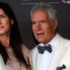 Jean, la veuve d'Alex Trebek, parle à NBC News dans sa première interview depuis sa mort