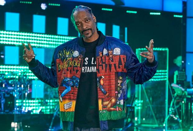 Articles TVLine: Snoop Dogg rejoint Voice, commande de la série Head of the Class et plus