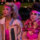 """GLOW: Alison Brie dit """"Ne retenez pas votre souffle"""" en attendant un film Netflix"""