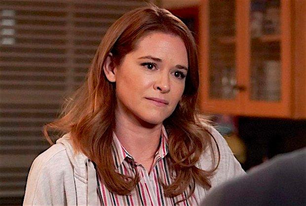 Grey's Anatomy: Sarah Drew partage son premier regard, date de diffusion pour le retour d'avril