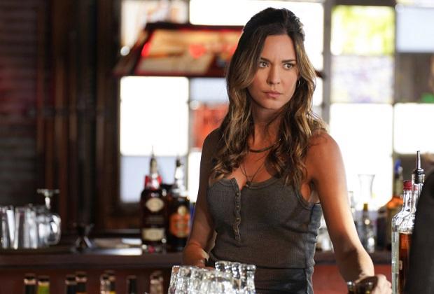 Walker promeut Odette Annable dans la série régulière pour la saison 2