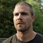 `` Talons '': Stephen Amell frappe le ring pour le premier regard sur la nouvelle série Starz (VIDEO)