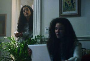 Qui a tué Sara?  Clara et Marifer
