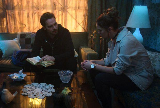 Qui a tué Sara?  Récapitulatif de la première de la saison 2: maladie mentale, frères et sœurs secrets et choses qui explosent – notez-le!