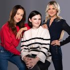Fox ordonne à la comédie de passer à la série, mettant en vedette Eliza Coupe, Ginnifer Goodwin et Maggie Q comme besties `` impulsives ''