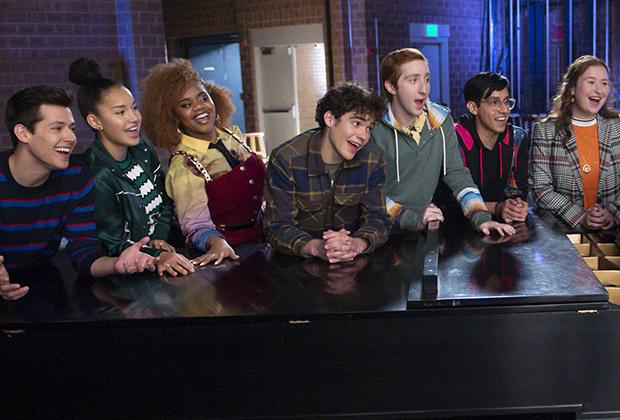 La comédie musicale de lycée révèle la pleine beauté et la bête Cast;  EP décompose plusieurs choix « significatifs »