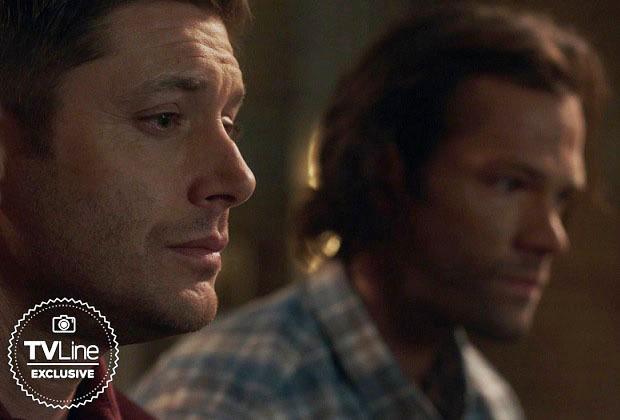 Vidéo surnaturelle: Dean et Sam Toast Castiel et tous ceux qu'ils ont perdus dans une scène supprimée prolongée