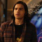 Carlos Valdes, du Flash, parle de sa sortie après sept ans, taquine le programme ludique `` Low Stakes '' de Cisco