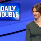 «Jeopardy!» original  Une candidate divise l'opinion des téléspectateurs avec ses expressions faciales