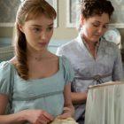 """Phoebe Dynevor explique à quoi s'attendre de la saison 2 de """"Bridgerton"""""""