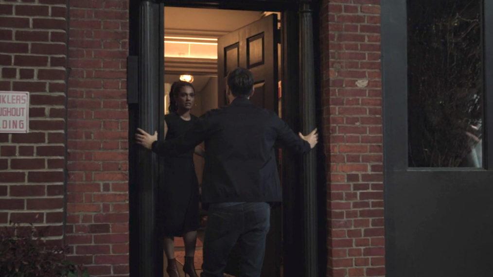 «New Amsterdam»:«Vous ne manquerez pas un seul mot ou toucher dans toute cette nuit de Max et Sharpe»