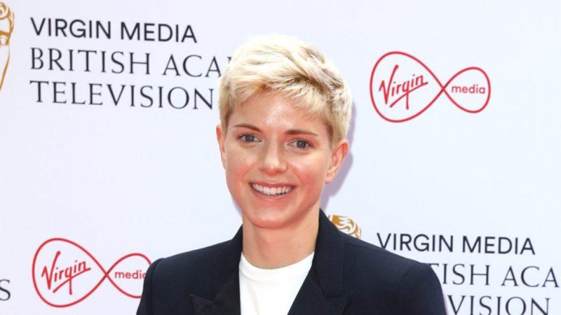 Mae Martin, star de «Feel Good», s'associe à Objective Fiction dans le cadre d'un accord de premier aperçu