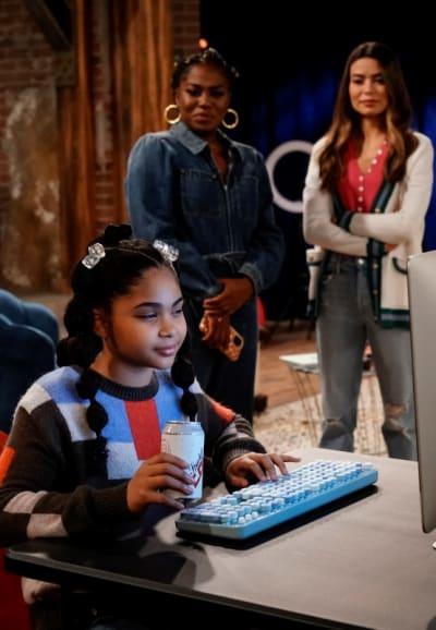 Millicent avec Harper et Carly à la recherche - iCarly Saison 1 Épisode 3