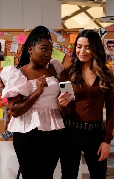 Harper et Carly et Murderboard - iCarly Saison 1 Épisode 2