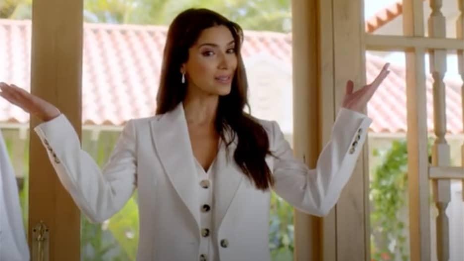 Fantasy Island: FOX taquine la série de redémarrage avec Roselyn Sanchez (Regarder)