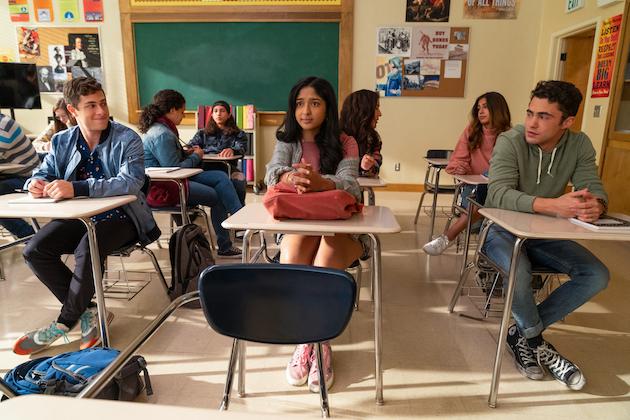 Bande-annonce Never Have I Ever: regardez Devi choisir Ben et Paxton dans la saison 2