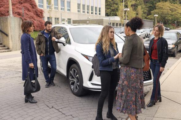 Un million de petites choses : Saison quatre ;  Le créateur de la série ABC parle de l'ordre des épisodes et de l'avenir de l'émission