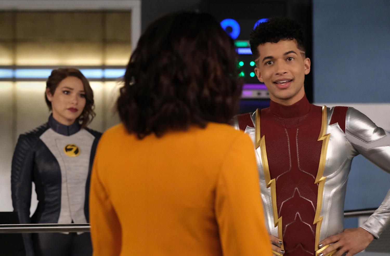 The Flash saison 7 épisode 17 Nora Bart Iris