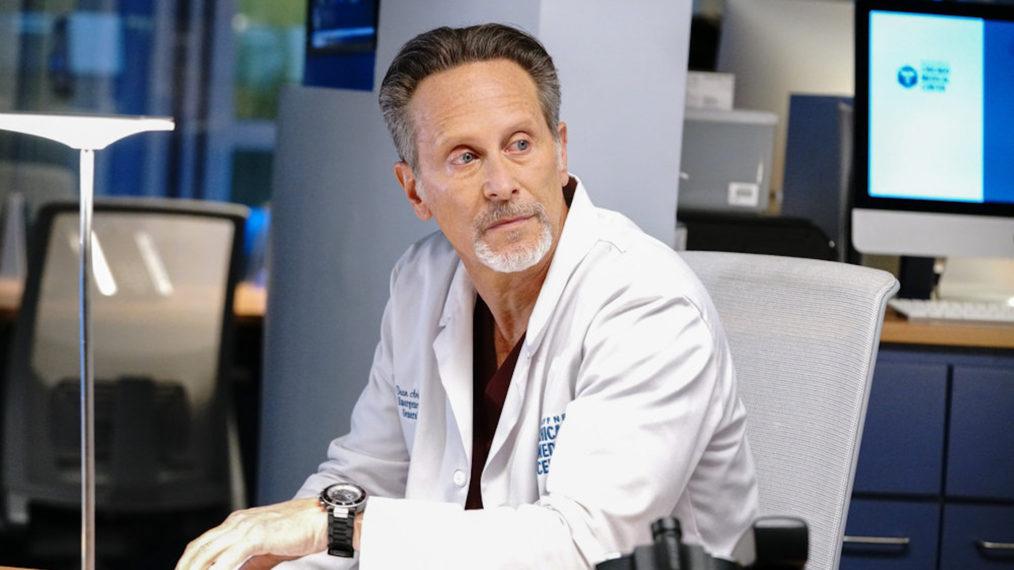 'Chicago Med' place Steven Weber dans la série régulière et en ajoute 2 autres à la distribution principale pour la saison 7
