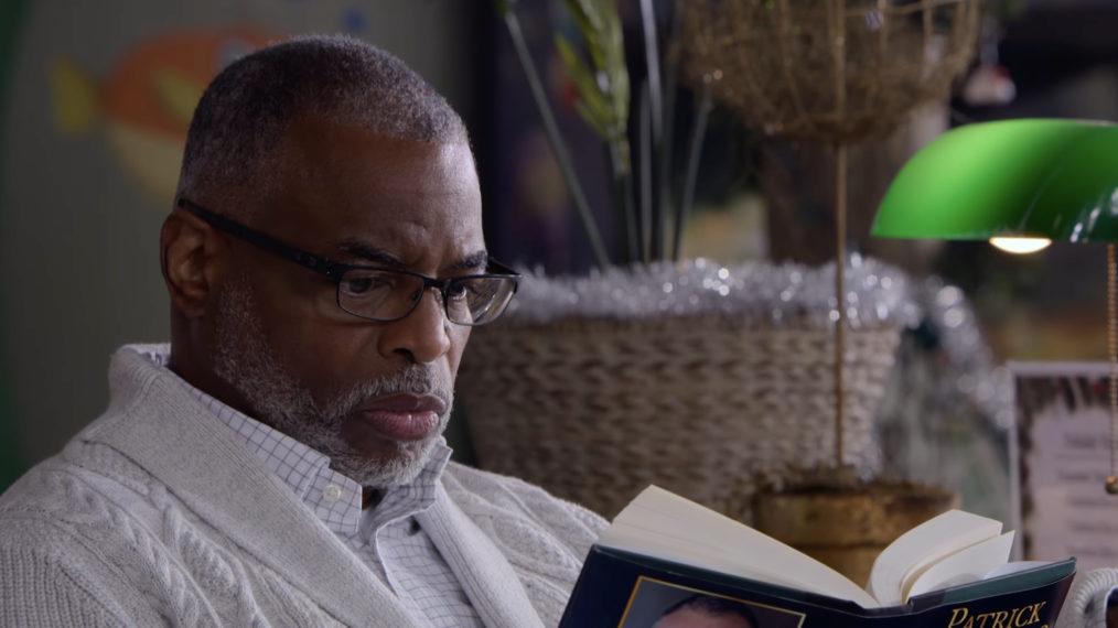 Aperçu de 'Leverage: Redemption': LeVar Burton Guest Stars dans les débuts de réalisateur de Beth Riesgraf (VIDEO)