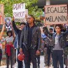 Récapitulatif: les protestations du BLM exposent les lignes de faille de l'amitié et la fragilité blanche