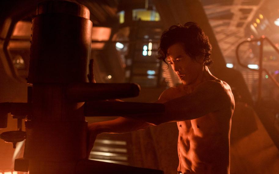 John Cho dans le rôle de Spike dans Cowboy Bebop