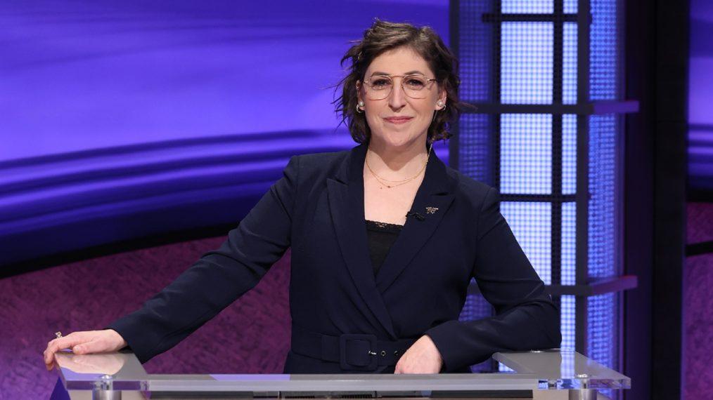 «Jeopardy!»: Mayim Bialik lancera une nouvelle série d'hôtes invités après la sortie de Mike Richards