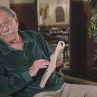 Comment «The Goldbergs» rendra hommage à George Segal lors de la première de la saison 9