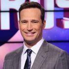 Jeopardy!: Mike Richards dans «Négociations avancées» pour devenir un hôte permanent, remplacer Alex Trebek (Rapport)