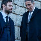 """Les truands irlandais de """"Kin"""" d'AMC + sont """"comme des stars de la réalité avec des armes à feu"""" (VIDEO)"""