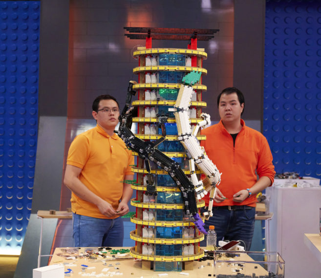 Zack et Wayne dans LEGO Masters
