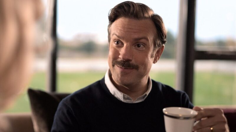 Emmys 2021 : «Ted Lasso» ne balaie pas, mais remporte la plupart des catégories de comédie