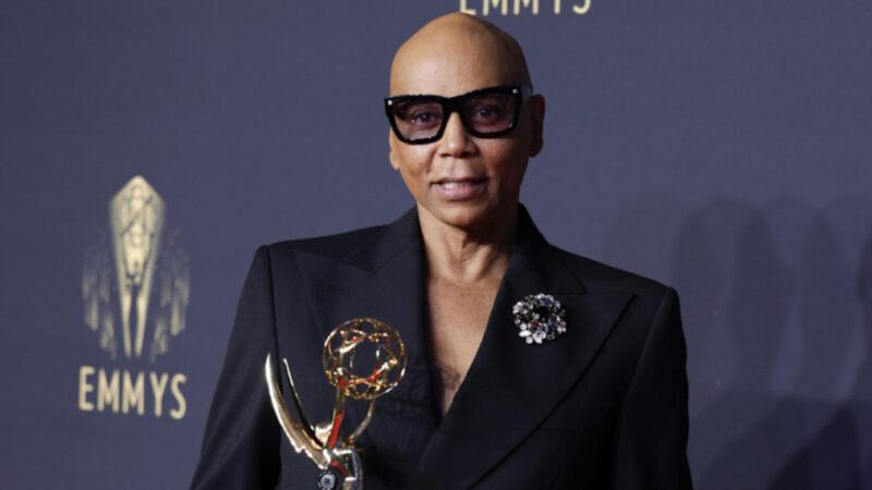 Emmys 2021 : RuPaul bat un record et d'autres victoires notables