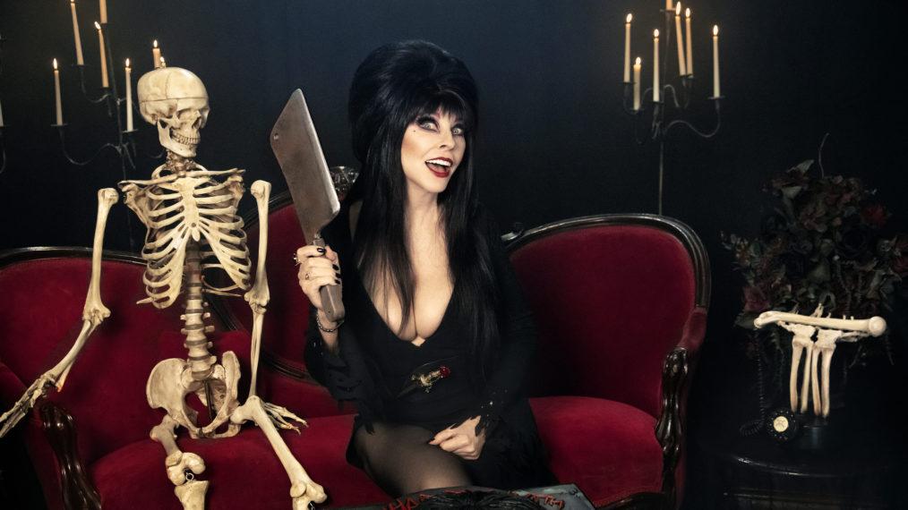 Elvira revient sur 40 ans avant le «très effrayant, très spécial spécial» de Shudder