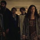 Midnight Mass 'Hamish Linklater & Co. nous emmène à l'intérieur du massacre de l'épisode 6, émerveillez-vous devant 'Ripped' Michael Trucco