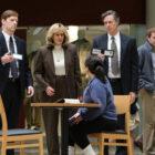 The Grilling of Monica sur 'Impeachment', 'Chucky' arrive à la télévision, un avis d'expulsion 'Building', Tom Hanks et Laura Dern vont au musée de l'Académie