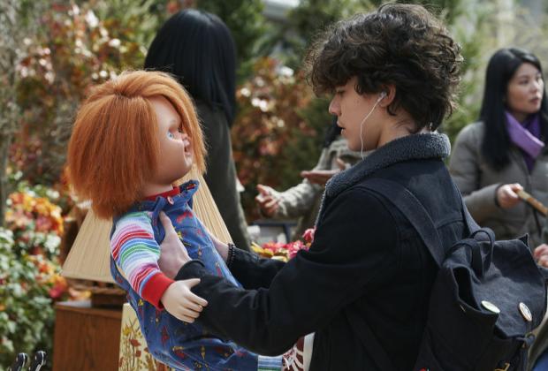 Récapitulation de la première de Chucky: amis jusqu'à la fin – qui est devenue la première victime de la poupée maniaque?  De plus, notez-le!