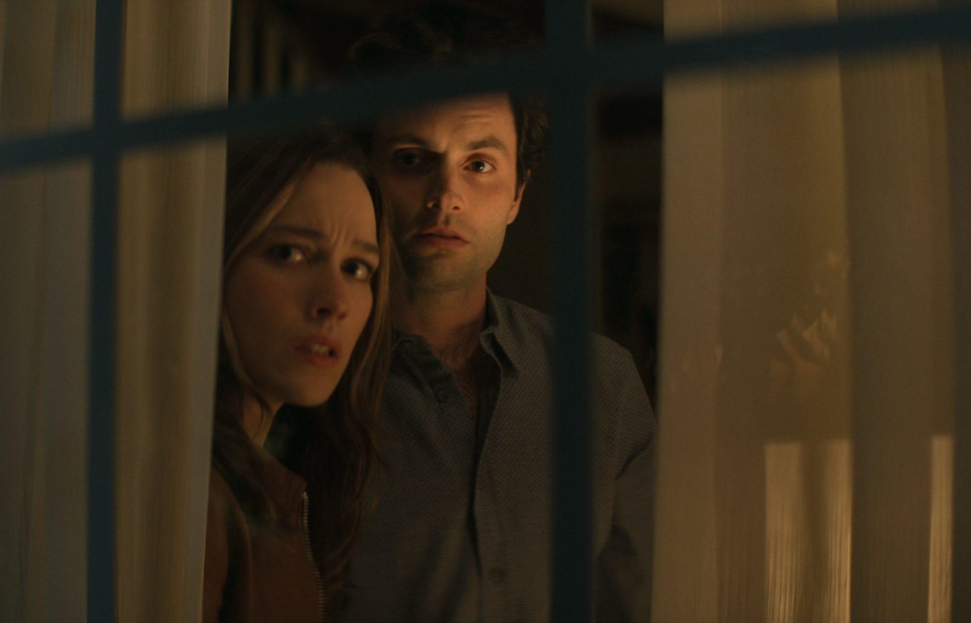 Vous : Saison quatre ;  Netflix Thriller Series renouvelé avant la première de la troisième saison (regarder)