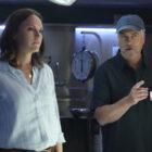 CSI : Récapitulation de Vegas : Gil 'Bugs' Out !  De plus, le lien de Catherine avec le laboratoire amélioré